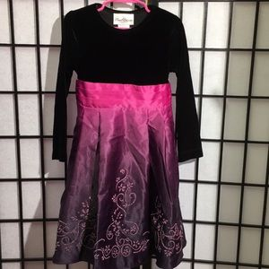 Rare Editions Beautiful Formal Dress Size 5